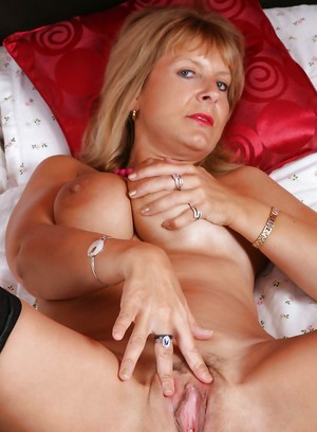 Mature Pussy Milfs Porn