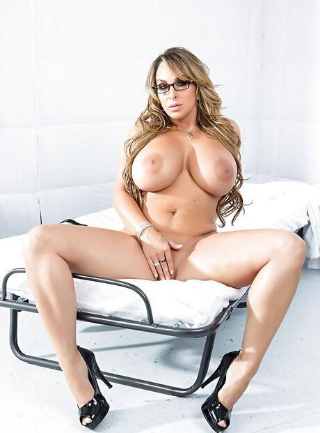 Milfs Big Boobs Porn