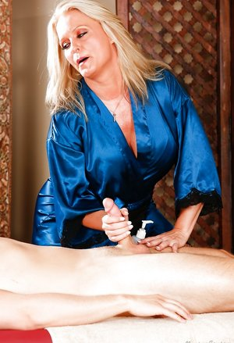 Milf Massage Porn