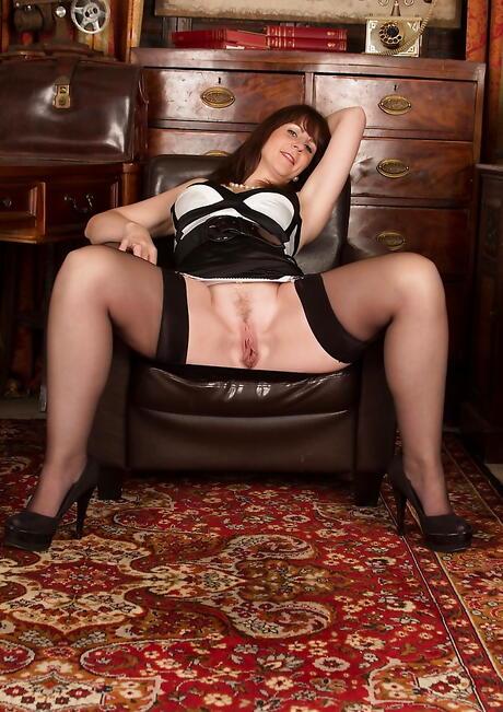 Milf Stockings Porn
