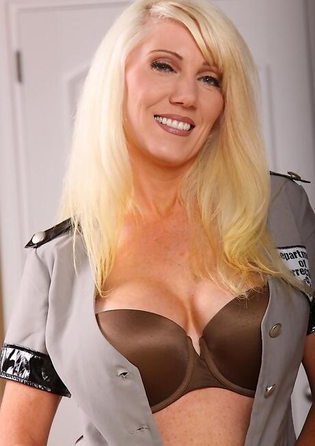 Police Milf Porn